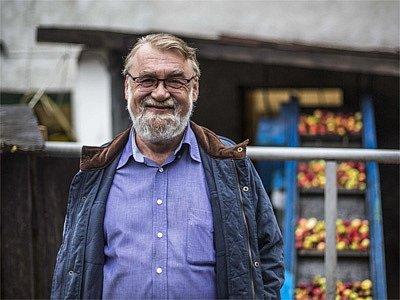 Majitel pálenice v Radlíku-Jílovém u Prahy Zdeněk Musil. | Foto: Deník/Martin Divíšek